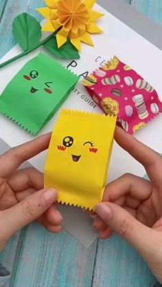 diy crafts videos diy crafts ` diy crafts for the home ` diy crafts for kids ` diy crafts for adults ` diy crafts to sell ` diy crafts videos ` diy crafts for the home decoration ` diy crafts home Cool Paper Crafts, Paper Crafts Origami, Diy Crafts For Gifts, Origami Art, Diy Arts And Crafts, Creative Crafts, Fun Crafts, Paper Flowers Craft, Origami Flowers