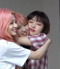 Image shared by ʚĭɞ. Find images and videos about lq, izone and chaewon on We Heart It - the app to get lost in what you love. Who Runs The World, Girl Inspiration, Image Sharing, Snuggles, Find Image, Cool Girl, We Heart It, Idol, Beautiful