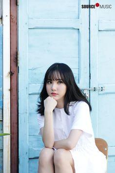2018 Season's Greetings Behind Kpop Girl Groups, Korean Girl Groups, Kpop Girls, Jung Eun Bi, G Friend, Celebs, Celebrities, Beautiful Asian Girls, Korean Singer