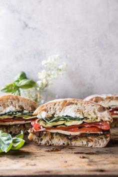 Marinated Veggie Cheese Sandwich w/ Sun-Dried Tomato Pesto Vegetarian Recipes, Cooking Recipes, Healthy Recipes, Going Vegetarian, Vegetarian Breakfast, Vegetarian Dinners, Vegetarian Cooking, Cleaning Recipes, Lunch Recipes