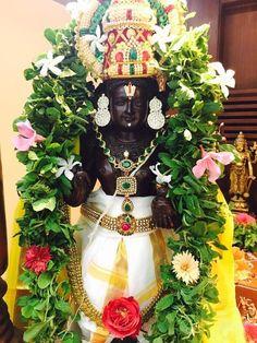 Sri Balaji Travel is Best Tour Operator in Bangalore Online With Quick/Sheegra Darshan to Tirupati Tour Package from Bangalore By Car. Krishna Ashtami, Krishna Statue, Ganesh Images, Lord Krishna Images, Ganesh Rangoli, Hindu Statues, Lakshmi Images, Lord Balaji, Lord Vishnu Wallpapers