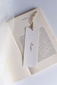 Items similar to Bookmark with flowers painted in watercolor on Etsy, . Watercolor Bookmarks, Watercolor Cards, Watercolor Flowers, Watercolor Paintings, Creative Bookmarks, Diy Bookmarks, Diy Marque Page, Diy And Crafts, Paper Crafts