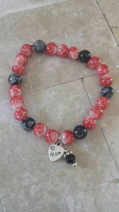 Mom Bracelet - Red Bracelet -  Gift - Red and black Beaded bracelet -  Beaded Bracelet - Stretch Bracelet  - Charm Bracelet - Gift for mom