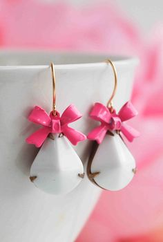 Vintage Glass EARRINGS White Glass PINK BOW