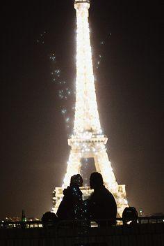 The Eiffel Tower, Paris, France - so beautiful twinkling in the night sky. Tour Eiffel, Torre Eiffel Paris, Paris Eiffel Tower, Paris 3, I Love Paris, Paris City, Gustave Eiffel, Pics Art, Paris Travel