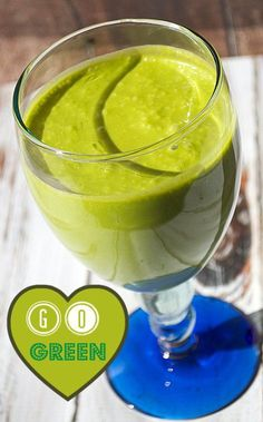 This Healthy Green Smoothie Recipe is perfect for St. Patrick's Day!