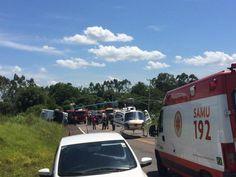 Cinco pessoas morrem após ônibus tombar na RS-030, em Glorinha