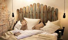 Starý drevený plot môže s trochou šikovnosti získať celkom novú funkciu.