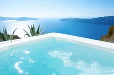 The Grace is perfect in Greece. This 5-star, luxury boutique hotel with branches in the world's most desirable destinations, looks amazing combined with the backdrop of the beautiful, blue and white Santorini islands, the southernmost islands of the Cyclades.