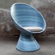 Part of the 2014 highlights in 3D printing. New Babylon Chair designed by Studio Dirk Vander Kooij printed on their proprietary large scale 3D printer