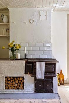 Home Remodel Bedroom .Home Remodel Bedroom Rustic Kitchen, Country Kitchen, Kitchen Decor, Kitchen Stove, Cozy Kitchen, Vintage Kitchen, Kitchen Ideas, Deco Design, Küchen Design