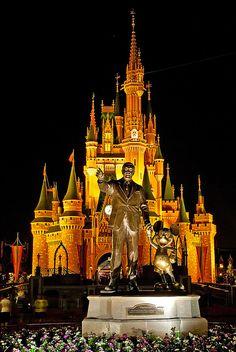 Summer relaxation, Samui Palm Beach Resort, Thailand Experience a Disney World Halloween with Family! Magic Kingdom - Walt Disney World Disney World Halloween, Walt Disney World, Disney World Magic Kingdom, Happy Halloween, Disneyland Halloween, Scary Halloween, Halloween Party, Disney Dream, Disney Love