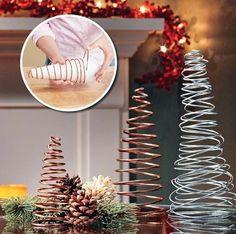 inspiringhomeideaslovely-diy-christmas-table-decorations-ideas-pinterest-and-diy-christmas-decor-ideas-pinterest-home-design.jpg (600×595)