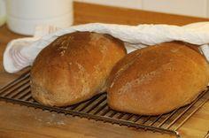 Swedish Limpa Bread (Spiced Orange Rye Bread)   (No Kneading!)
