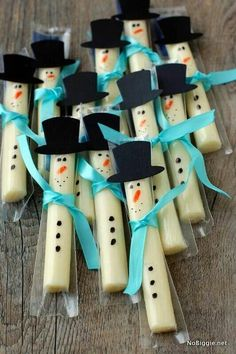 String cheese snowman. Healthier and cuter than handing out candy.