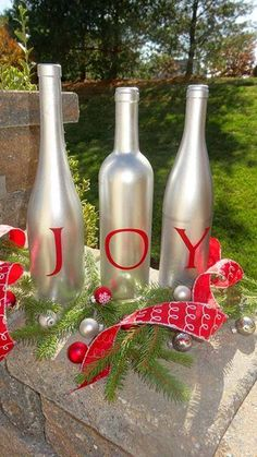 Love this use of recycled bottles and Uppercase Living for holiday decorations!  http://kimjosar.uppercaseliving.net/