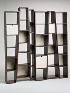 Open double-sided #bookcase BEAT by i 4 Mariani | #design Alessandro Dubini #books