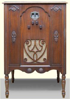 "Scott-Allwave2.jpg (530×750) Year: 1931 Cabinet: the ""Tasman"""