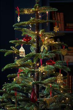 Ikea Christmas Tree, All Things Christmas, Christmas Tree Decorations, Christmas Holidays, Merry Christmas, Small Artificial Christmas Trees, Artificial Tree, Paper Star Lights, Ard Buffet