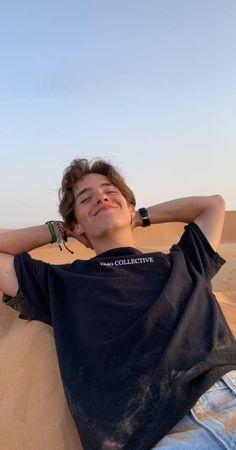 I love this boy 🖤🖤🖤 Noah 🇺🇲 Beautiful Boys, Pretty Boys, Beautiful People, Noah Urrea, Skater Boys, Hot Boys, Handsome Boys, Cute Guys, Pretty People