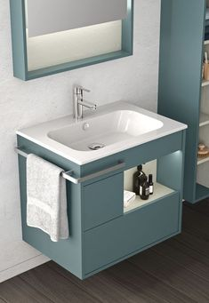 50 Modern Small Bathroom To Inspire Your Ego - Geek Interior Design - 50 Modern Small Bathroom To Inspire Your Ego interiors homedecor interiordesign homedecortips - Kitchen Room Design, Home Room Design, Home Interior Design, Bathroom Design Luxury, Bathroom Design Small, Small Closet Design, Small Bathroom Sinks, White Bathroom, Bedroom Furniture Design