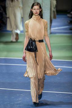 Pin for Later: Les 9 Plus Grandes Tendances Sorties de la Fashion Week de Paris  Céline