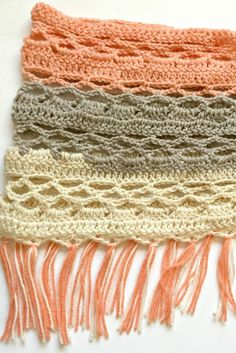 Just Peachy Crochet Cowl - Hooked on Homemade Happiness