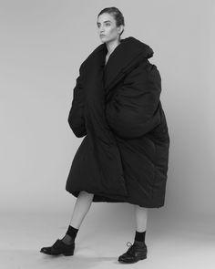 Minimalist Fashion // oversized top by Issey Miyake & sleek black dress by Jean Colona