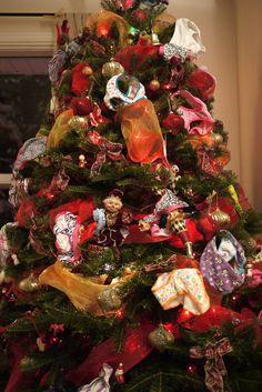 Les petites culottes dans le sapin: un classique. Le Blog De Vava, Puzzle, Noel Christmas, Book Images, Kids And Parenting, Elf On The Shelf, Coloring Books, Projects To Try, Culottes