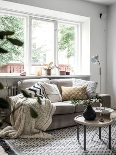 A charming, small Swedish flat with Autumn touches