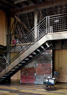 Canyon Barn is a renovation project completed by Seattle-based MW Works Architecture. Old barn renovated and converted into a retreat. Rustic Staircase, Industrial Stairs, Industrial Bedroom, Industrial House, Industrial Interiors, Industrial Closet, Kitchen Industrial, Industrial Apartment, Industrial Shelving