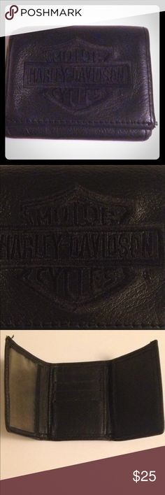 Harley Davidson wallet Harley Davidson wallet! Good used broke in condition! No rips! Just well broken in!  The clear I'd cover inside is lil foggy Thanks   Smoker Harley-Davidson Bags Wallets