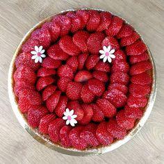 Tartofraiz'... #fraises #tarte #printemps #lesrecettesdelaure