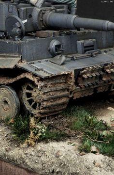 Tiger 1:35 Tamiya Model Kits, Tamiya Models, Tank Armor, Tiger Tank, Model Hobbies, Model Tanks, Military Modelling, Ww2 Tanks, Model Ships