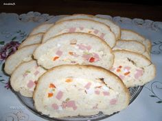 Fotorecept: Plnený sendvič - Vhodné na obloženú misu. Finger Foods, Ham, Pancakes, Bread, Breakfast, Morning Coffee, Finger Food, Hams, Brot