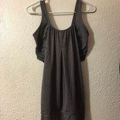 Lulu lemon sports tank Workout tank.  Good condition.  A few snags as seen in last pic.  $30 shipped 🅿️🅿️ or Ⓜ️ lululemon athletica Tops Tank Tops