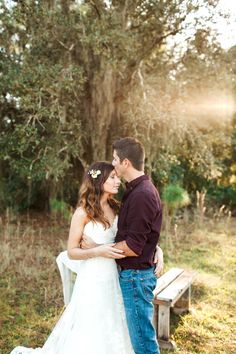 Saretta and Mike – Naples First Anniversary Session | Finding Light Photography | Florida Wedding Photographer | Styled Anniversary Shoot
