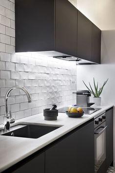 Kitchen Room Design, Design Living Room, Modern Kitchen Design, Kitchen Layout, Grey Kitchen Floor, Kitchen Dining, Grey Kitchens, Cool Kitchens, Home Interior