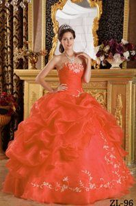 Orange Red Strapless Organza Quinceanera Dress with Embroidery for Cheap