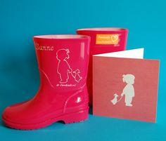 Op zoek naar een leuk en persoonlijk cadeau voor geboorte- en/of verjaardag? Femkado bewerkt ook kinderlaarsjes (eventueel met afbeelding geboortekaartje). Leuk om te geven, leuk om te krijgen!
