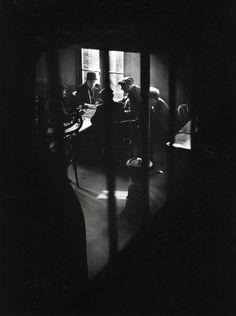 Willy Ronis | Café de la rue des cascades. Belleville, Ménilmontant, 1948