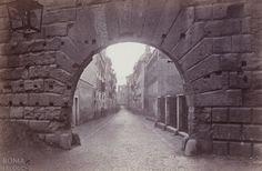 Via Bonella (1868-69) Vista quasi onirica dall'Arco dei Pantani.