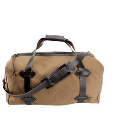 """21"""" Medium Duffel to make your traveling easy and stylish! Everything is handmade in our Sierra Nevada Mountain factory with products from US Companies only!! http://www.copperriverbags.com/21-medium-travel-duffel-bag-water-resistant-roomy-cotton-duck-brown-made-in-the-u-s-a-21-cd-br-trduf/"""
