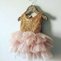 Gold sparkle dress for toddler and girls, photo and birthday dresses for girls.