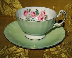 AYNSLEY FOOTED PALE GREEN TEA CUP & SAUCER PINK ROSES GOLD TRIM