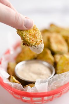 Airfryer Parmesan Dill Fried Pickle Chips are a quick and easy 5 ingredient appetizer made extra crunchy in your Airfryer without all the fat from oil. This low-fat snack is sure to satisfy your craving for something salty! Air Fryer Recipes Pickles, Air Fry Recipes, Air Fryer Recipes Easy, Cooking Recipes, Ninja Recipes, Fried Pickle Chips, Parmesan, Low Fat Snacks, Air Fried Food