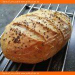 Kupovali by ste chleba, keby ste si vedeli upiecť doma takýto ? Bread Recipes, Vegan Recipes, Cooking Recipes, Czech Recipes, Ethnic Recipes, Y Recipe, Bread And Pastries, Bread Baking, Quick Meals