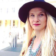 #spring #boho #bohojewelry #turquoise #hat #asos #zara #blondgirl #redlips #chanellipstick #paris #look #lookofaday ode #selfie #portrait #mode #style #bohogirl #sunlight