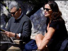 Capri a Pasqua...bello leggere il giornale se l'iPad non prende...adoro...!!!!