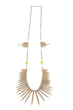 gorgeous necklace by Alexa de Castilho